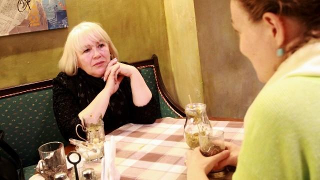 Texte – Tatiana Semikop, femme flic retraitée, toujours au service de ses concitoyens à Odessa