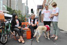 Texte – En Australie, une laverie itinérante tisse du lien