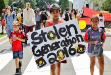 Texte – En Australie, les grands-mères aborigènes luttent pour leurs petits-enfants