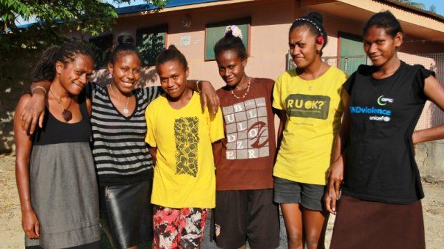 Texte – Au Vanuatu, Anne Pakoa combat les violences quotidiennes faites aux femmes