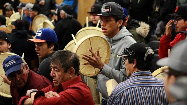 Texte – Au Canada, la difficile réconciliation avec les peuples autochtones